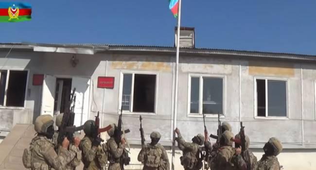 Армяне спешно убежали из Физули: Азербайджан поднял национальный флаг над еще одним городом Нагорного Карабаха