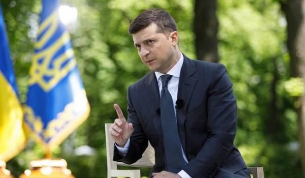 «Езжайте туда, если нравится»: президент Зеленский предложил недовольным депутатам переехать в Россию