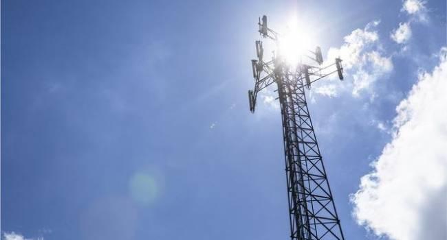«Самая большая угроза»: Швеция запрещает КНР строить вышки 5G