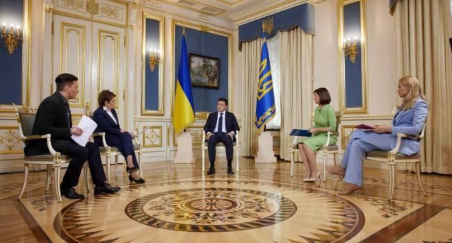 Политолог: сегодня «неолигархический» президент дал интервью на четырех каналах, принадлежащих олигархам