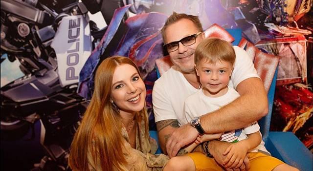 «Наш Ваня»: жена Владимира Преснякова родила сына и показала его первое фото
