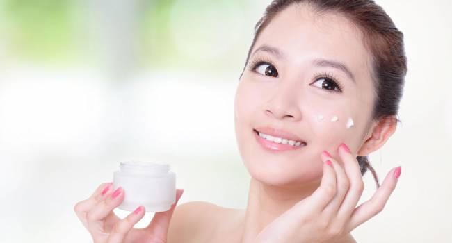 «Нет ничего сложного»: косметологи рассказали, как жительницам Китая удаётся сохранить молодость