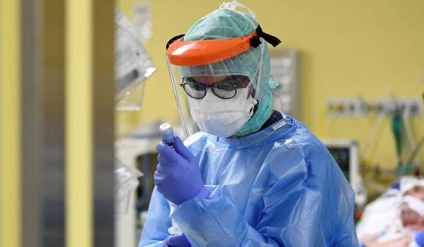 На него не обращают внимание больные: эксперт рассказал о первом признаке коронавируса