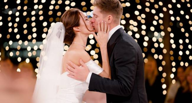 «Это просто была любовь и эстетический экстаз»:  невеста Владимира Остапчука  показала новые фото с их свадьбы