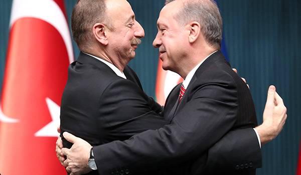 «Лучше Армении сложить оружие и сдаться»: Эрдоган в очередной раз заявил о готовности помочь Азербайджану