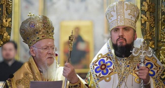 Журналист: только Филарет проговорил о бесперспективности Томоса, как Кипрская Православная церковь признала автокефалию ПЦУ