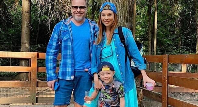 «Сегодня мы с Ваней едем домой»: жена Владимира Преснякова-младшего показала новое фото с их новорожденным сыном