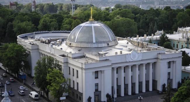 Голобуцкий: Теоретически после таких местных выборов можно ждать перезагрузку Верховной Рады