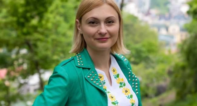 «Способ сверяться в режиме реального времени»: Кравчук заявила, что всеукраинский опрос Зеленского планируют закрепить на постоянной основе