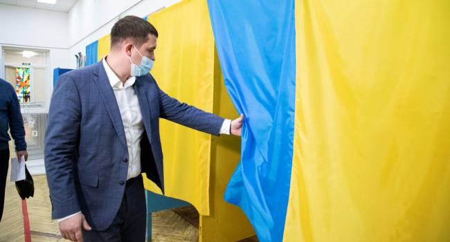 Сазонов обратился к голосовавшим за Попова: ребята, вы в самом деле хотите по лекалам «русского мира» обустроить свою жизнь?