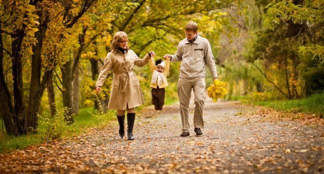 Сжигайте жир легко и просто: диетолог объяснила, когда пешие прогулки могут быть эффективнее тренировок