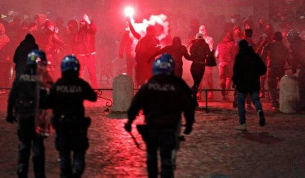 В Италии наблюдаются массовые беспорядки на фоне ужесточения карантина