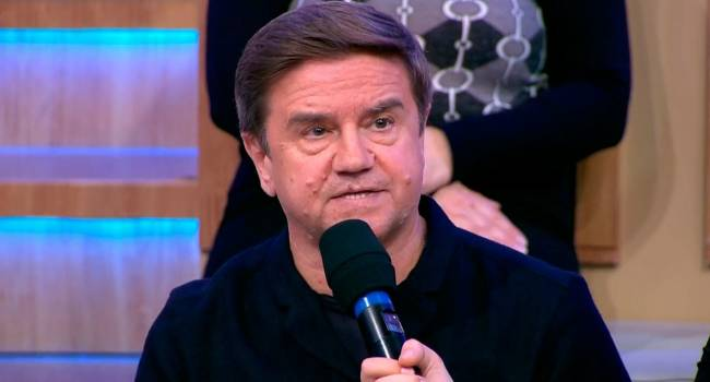 «Идея была непродуманной»: Карасев заявил, что человека, посоветовавшего Зеленскому провести опрос, нужно «бить полицейской дубинкой»