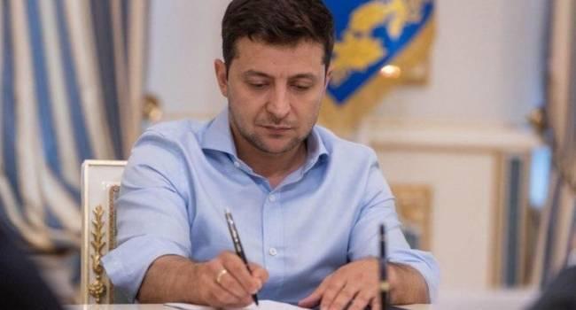 Блогер: если бы Зеленский был хоть на 1% честным и последовательным, то по результатам этих выборов последовала бы его собственная отставка