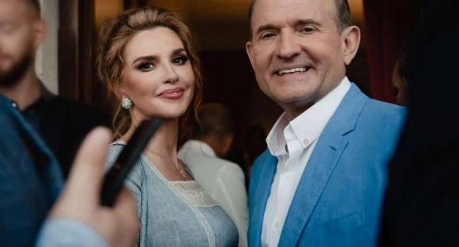 «Почему женщины цепляются за уходящую красоту?» Оксана Марченко показала новые селфи, удивив сеть молодым лицом