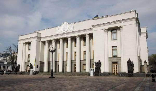 Разумков возмутился решением о запрете на посещение Рады журналистам ряда СМИ