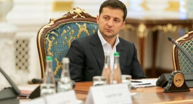 «Невзирая на решение КСУ»: Зеленский заявил, что система электронного декларирования и дальше будет работать в Украине