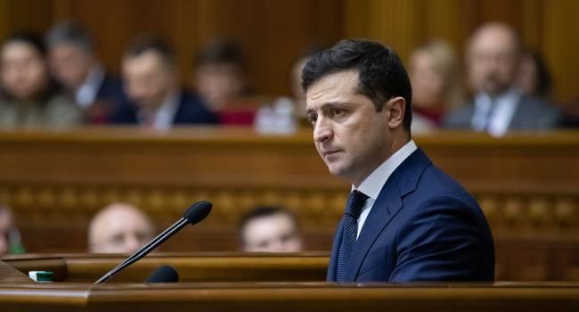Нардеп: тот, кто писал Зеленскому законопроект о роспуске Конституционного Суда явно очень хочет, чтобы он точно сел