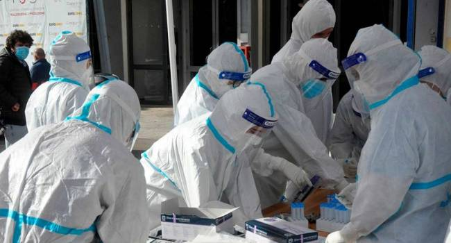 «После 80% всё остановится»: иммунолог предупредил, что все переболеют коронавирусом