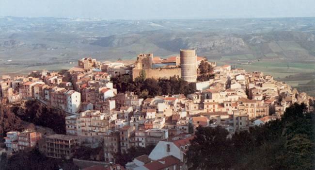 На Сицилии любой желающий может приобрести дом за один евро