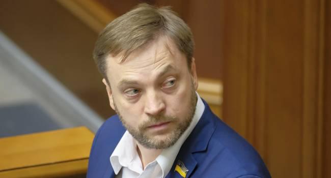 Монастырский: Этот законопроект Зеленского показал, что и президент, и его политическая сила готовы к суперрадикальным шагам в деле борьбы с коррупцией