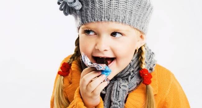 Как давать детям сладкое, чтобы не навредить здоровью и психике