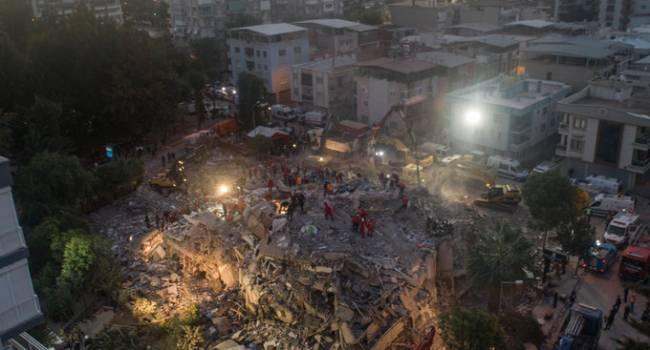 Турцию сотрясло мощное землетрясение. Погибли десятки людей, сотни пострадавших