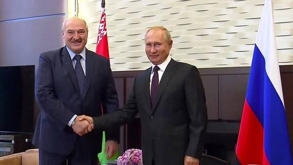 Политолог: Россия может поступить с Лукашенко так, как когда-то с Януковичем