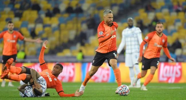 ФК «Боруссия» М. сообщил, что команда улетела в Донецк на игру с «Шахтером»