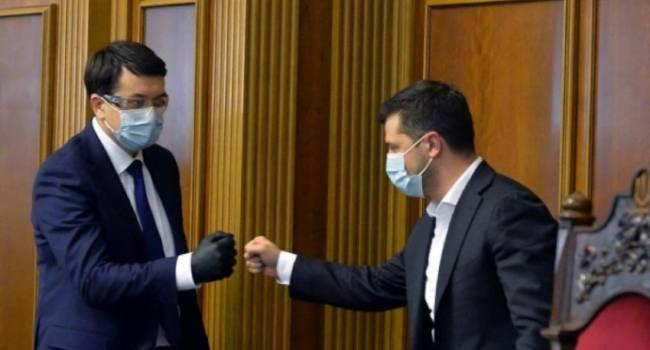 Аналитик: хотел бы предупредить, если заболевание Зеленского и Разумкова – манипуляция, то общество им этого не простит