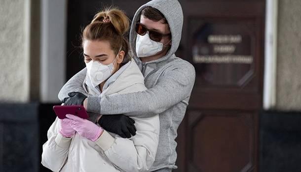 Уже 10 тысяч украинцев стали жертвами COVID-19