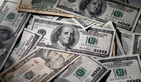 На межбанке продолжается рост курса доллара