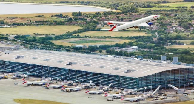 Лондонский аэропорт «Хитроу» открыт для рейсов из Украины – Пристайко