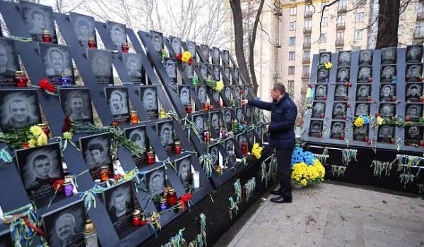 Сегодня в Украине отмечают День Достоинства и Свободы