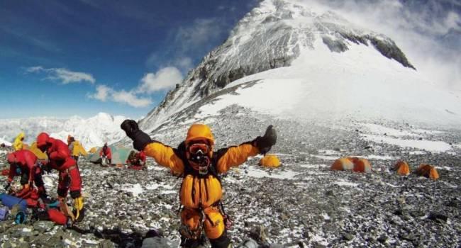 Мусор добрался даже туда: на Эвересте обнаружили большую концентрацию микропластика