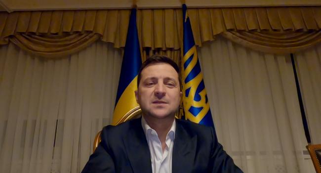 Блогер: Зеленский не имеет права приветствовать украинцев с 7-й годовщиной Революции Достоинства