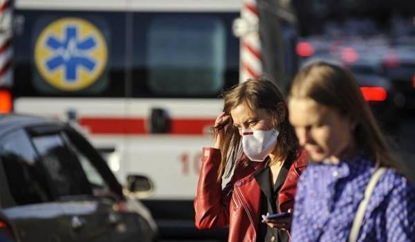 В Сербии из-за коронавируса обязали носить маски и переходить на удаленную работу