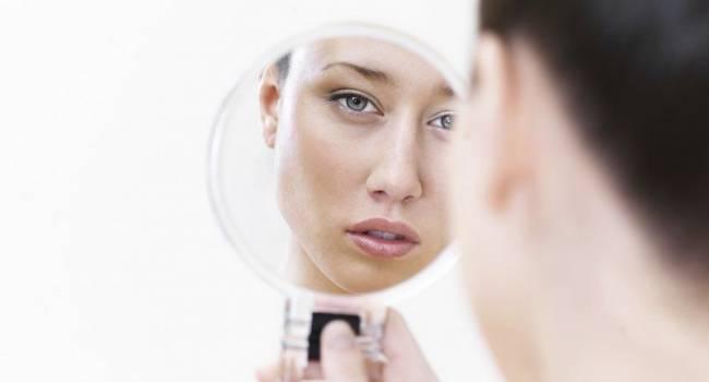 Непринятие своей внешности – дисморфофобия:  как это лечить