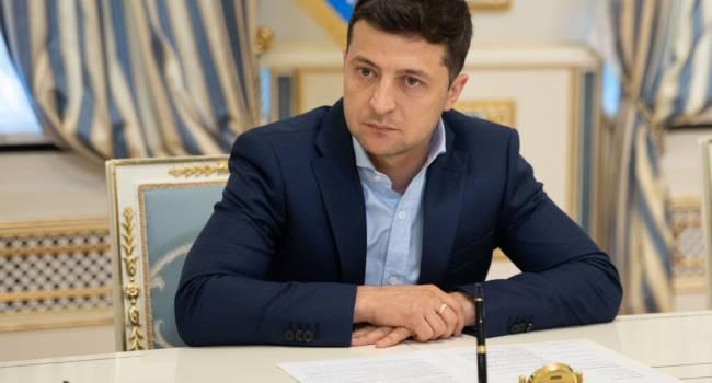 «Он ненавидит наш народ и даже не может этого скрывать»: политолог рассказал о новых планах Зеленского