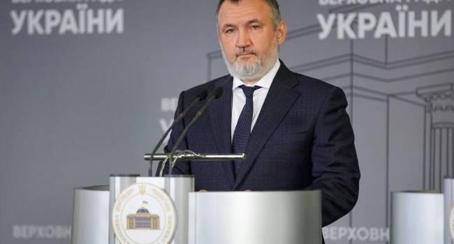 Кузьмин: Почему «подгорает» у Турчинова? Потому, что он дал приказ войскам отступить, и несет личную ответственность за сдачу Крыма