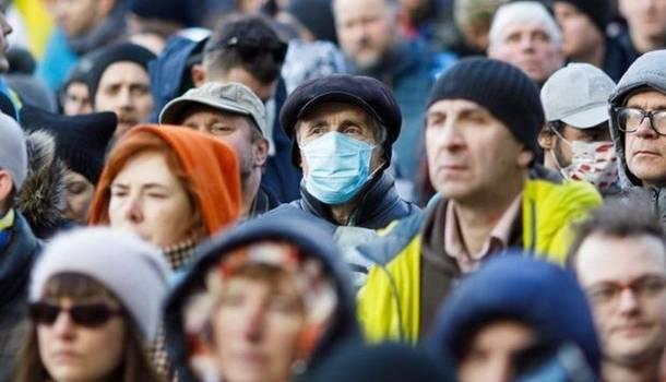 Более миллиона случаев к концу года: эксперты огорчили прогнозом по коронавирусу в Украине