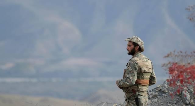 Войска Армении взорвали военную базу в Нагорном Карабахе