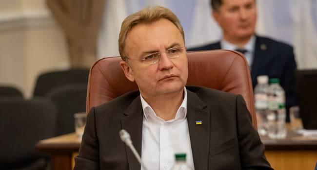 Политолог: Садовый принял решение – начать сотрудничать с Офисом президента
