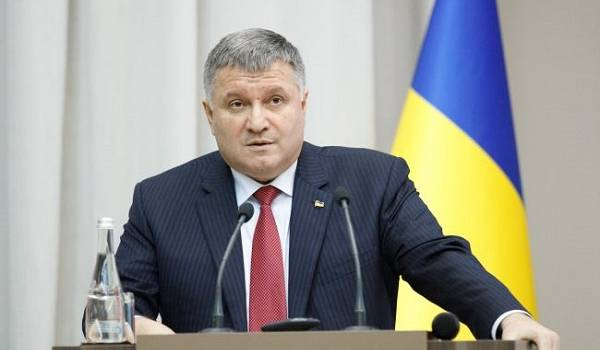 «Я здесь радикальный»: Аваков выступил за срочный трехнедельный локдаун в Украине