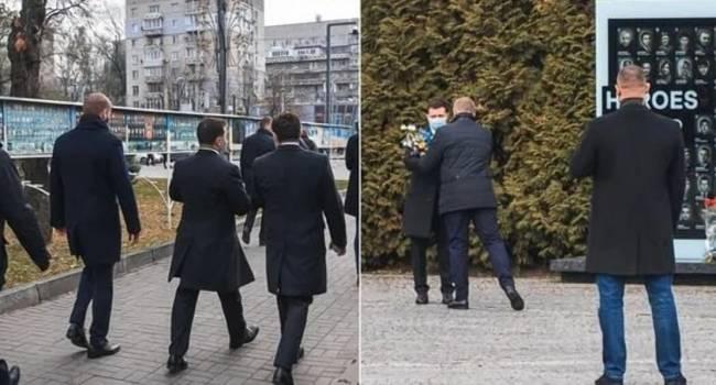 Странное поведение Зеленского в Днепре: охрана запретила СМИ снимать возложение президентом цветов к Мемориалу Героев