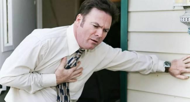 Паническая атака: британские медики назвали основные предвестники инфаркта