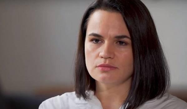 Тихановская о ситуации в Беларуси: Наши протесты ненасильственные, мы ходим с цветочками и шариками