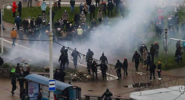 «Мы вам ничего не обязаны, Россия для вас была врагом»: политолог объяснил, почему Москва не отреагировала на протесты в Беларуси