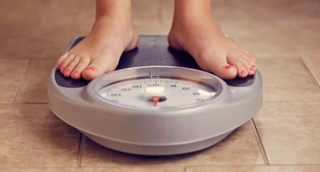 Не спешите сбрасывать вес: диетолог назвала минусы похудения