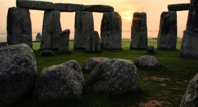 Несмотря на протесты экологов: власти Британии будут строить туннель под Стоунхенджем